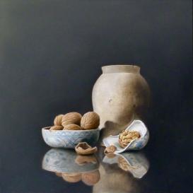 Pot Delft Blue Bowl and Walnuts